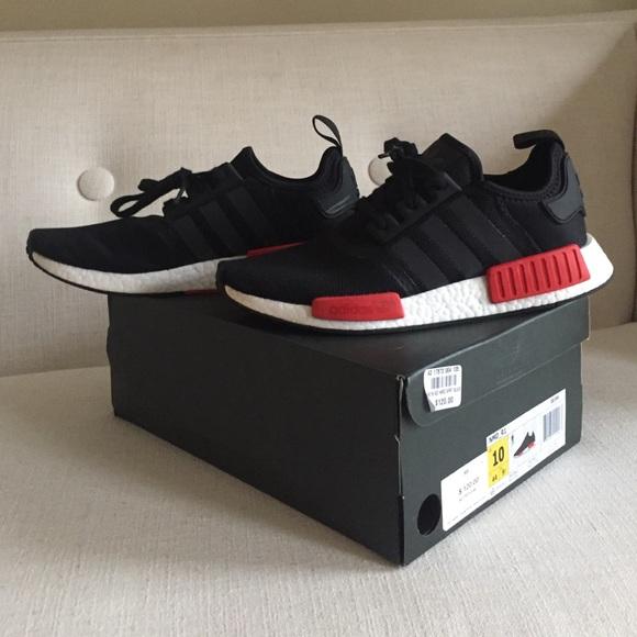Le adidas nmd r1 rosso e nero taglia 10 poshmark Uomo