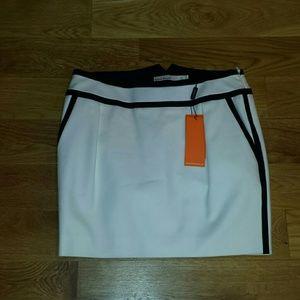 Karen Millen Dresses & Skirts - NWT Karen Miller skirt