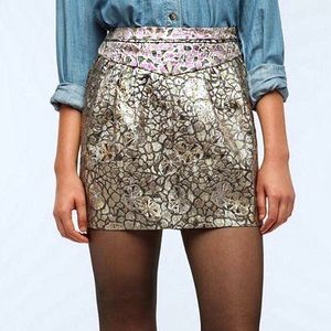 Urban Outfitters Dresses & Skirts - 🎉HP🎉Kimchi Blue Metallic Jacquard Skirt