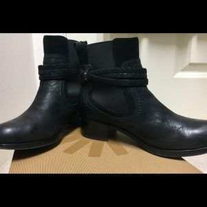Black UGG Ankle Boot