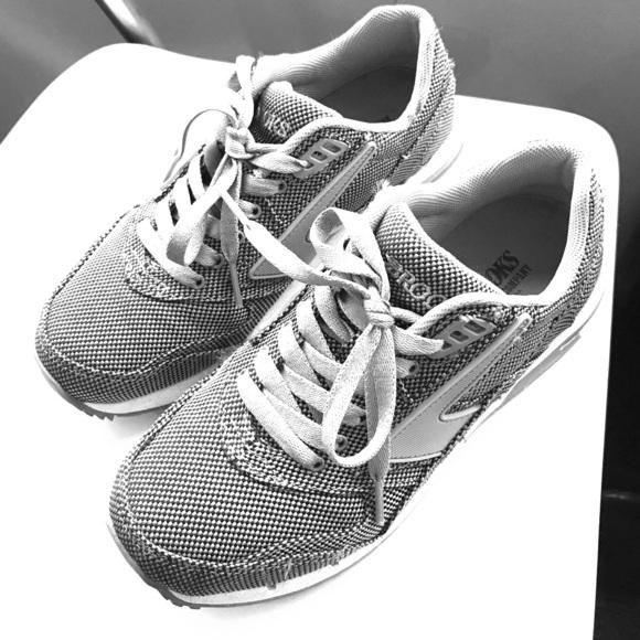 e146a02d587 Brooks Shoes - Brooks women s fusion heritage sneaker