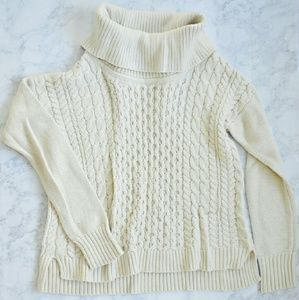 American Eagle Outfitters Sweaters - American Eagle Turtleneck Sweater