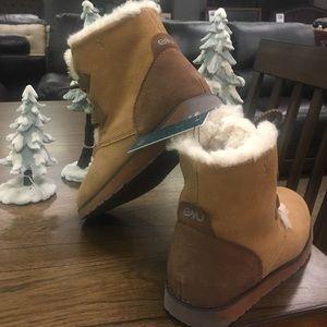 💥SALE EMU Featherwood Suede and Wool Mini Booties NWT