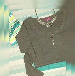 Made For Me To Look Amazing Tops - EUC {Made for Me} Slate Henley Long Sleeve Top