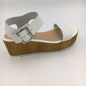 a46ffb46891 Steve Madden Shoes - NEW Women s Nylee Platform Sandal