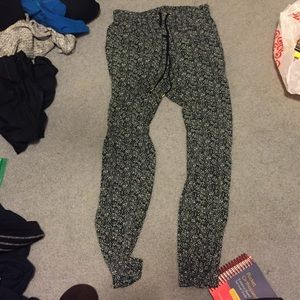 Express patterned joggers