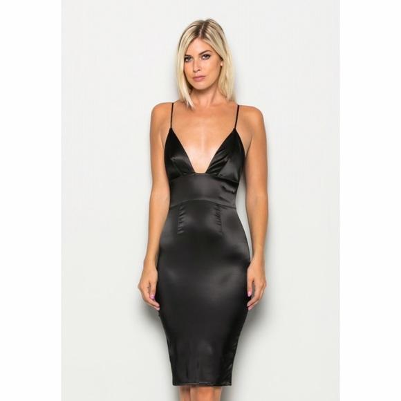 e86efc1b5026 Deep V Plunging Satin Bodycon Dress