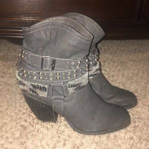 Not Rated Shoes - New Not Rated Black Heel Boots From The Buckle, 9