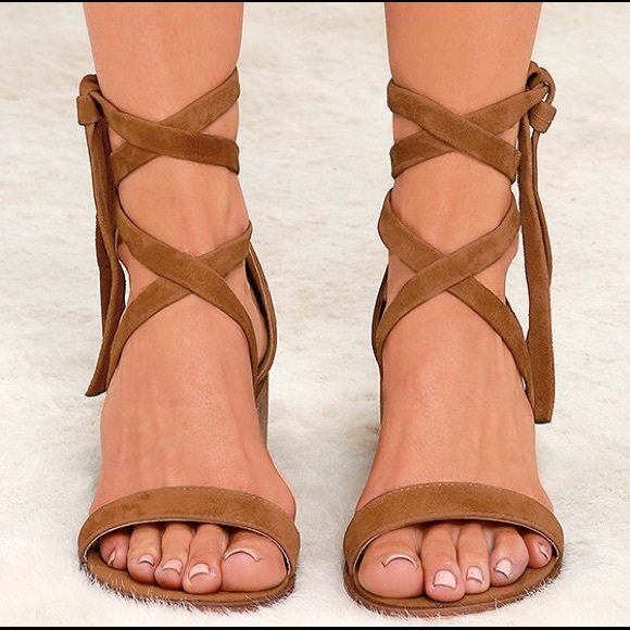 bb1b07109230 Steve Madden Rizzaa Sandals Cognac Suede size 7.5.  M 5854a6ae981829eb8800c759