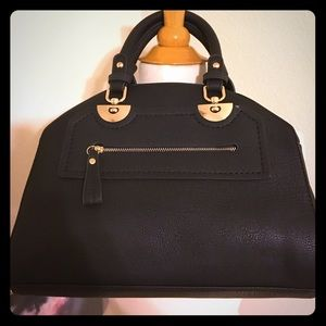 Handbags - Black handbag