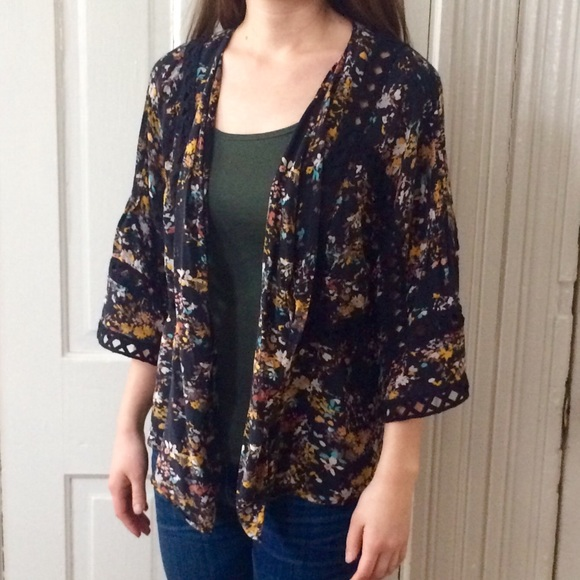 ca3be9ff4a Anthropologie Tops - Anthropologie Meadow Rue Kimono Top