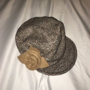 Accessories - Patterned Flower Brown Hat