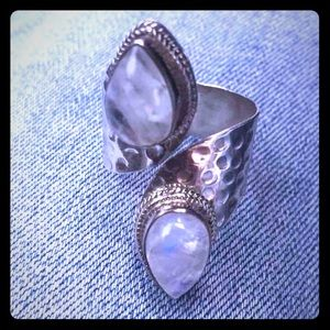 Vintage Artisan Moonstone Sterling Silver Ring
