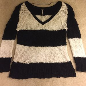 Free people chunky knit v sweater