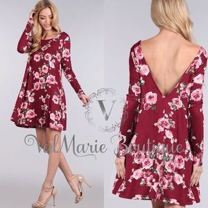 ❤️1HR SALE‼️BURGUNDY FLORAL SWING DRESS