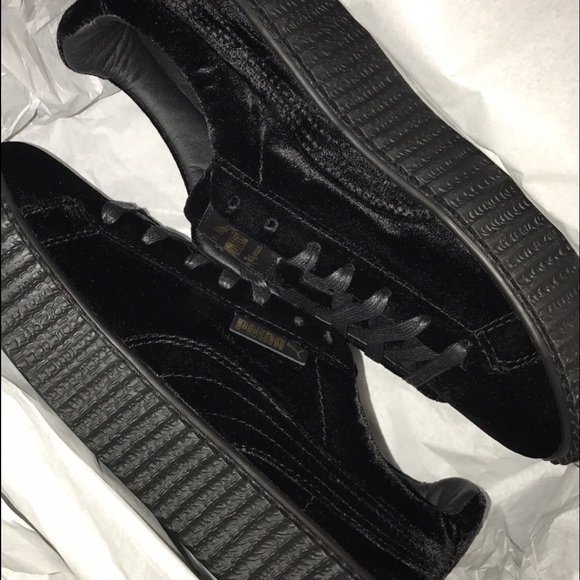 outlet store 24f52 4adfd Rihanna fenty velvet creepers NWT