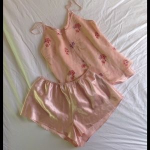 Lord & Taylor Other - Light Salmon colored Lord & Taylor 2pc nighty set