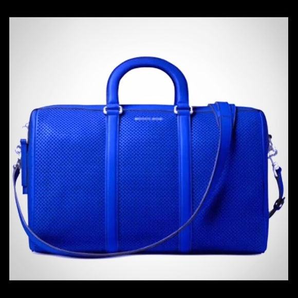 629f7a911d93fe MICHAEL Michael Kors Libby Large Leather Gym Bag. M_58558c675a49d07150025ca1
