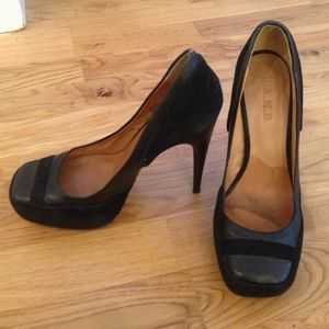L.A.M.B Size 8 Black Leather and Suede Heels