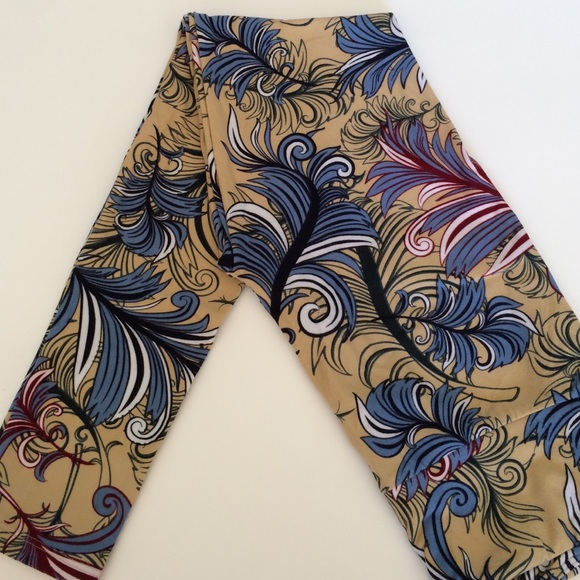 8ed3bd9d825929 LuLaRoe Pants | Feather Leggings | Poshmark