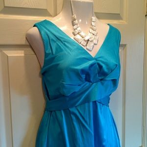 Turquoise-Blue V-neck party dress