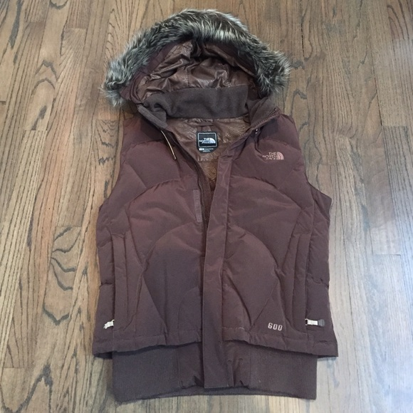 ce9e71ac2 North Face Women's Brown 600 Vest with