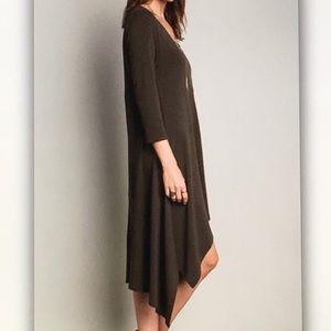 Dresses - 🎨Olive green🎨3/4 sleeve midi dress