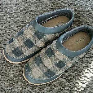 Columbia Men's slippers