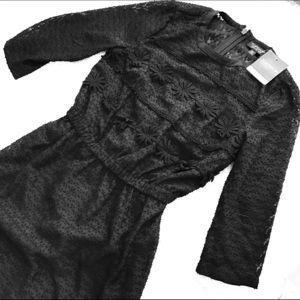Topshop PETITE Dresses & Skirts - 🎉Flash Sale🎉 Black Top Shop midi dress