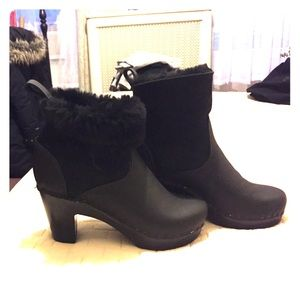 NWOT No. 6 shearling and suede boot, size 35