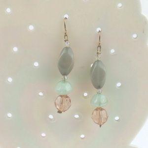 Green stone & peach bead pierced earrings