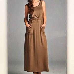 Dresses - 👝Light brown👝sleeveless maxi dress