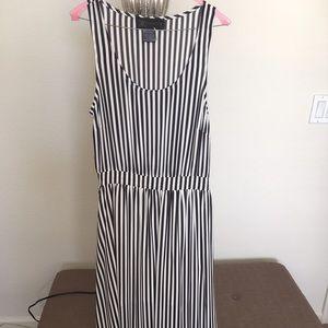 Kardashian Kollection Dresses & Skirts - Kardashian Kollection White and Black dress