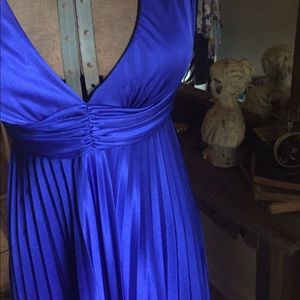 Dresses & Skirts - Blue knife pleat halter style gown