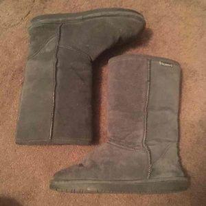 BearPaw Shoes - Bearpaw gray boots