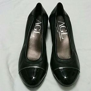 AGL Italian leather low heel shoes