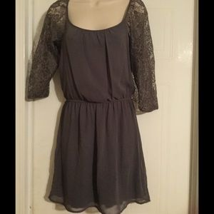 Very cute dress worn once.  size Medium.