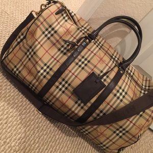 4559c5499389 Burberry Bags - Burberry Duffle bag-Nova check❤ 🦄