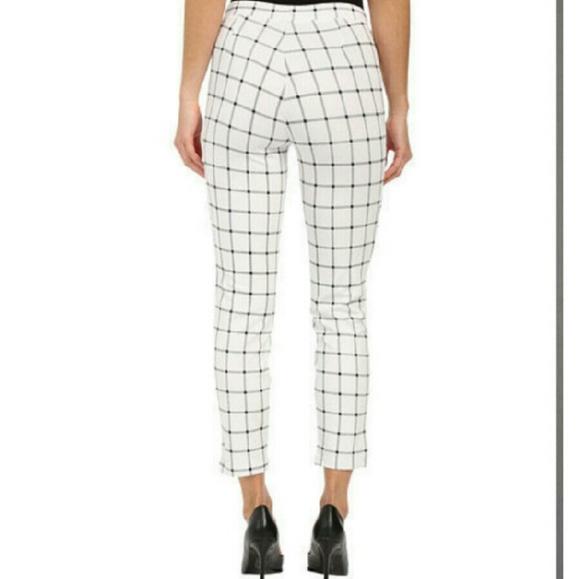 64070cc4261f5a HUE Pants | Sale Windowpane Ponte Skimmer Leggings Sz L | Poshmark