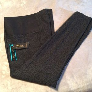 Thalia Sodi Pants - Black patterned skinny leg ankle pants