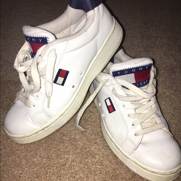 469104992 Vintage Tommy Hilfiger shoes. M 5856c71e2de51234ce00af9c