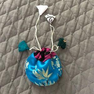 Jewelry - Silk Jewelry Pouch