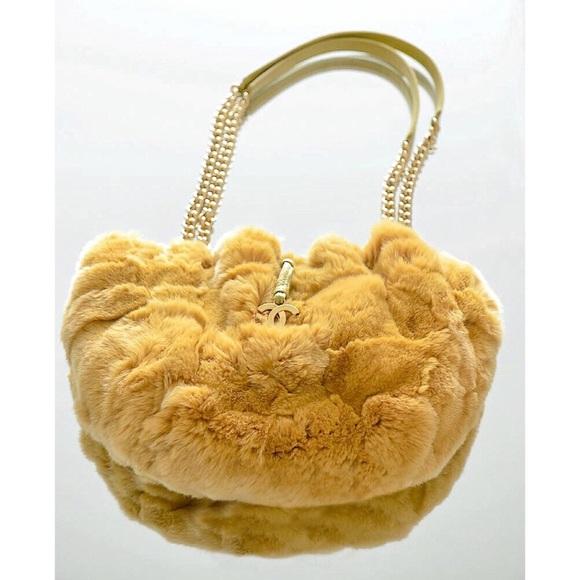 1a7bfef763 CHANEL Handbags - Limited Edition Chanel Rabbit Fur Handbag