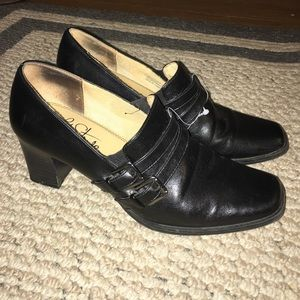 Life Stride Shoes - ☑️2 for $10 💕SALE💕Black life stride heels