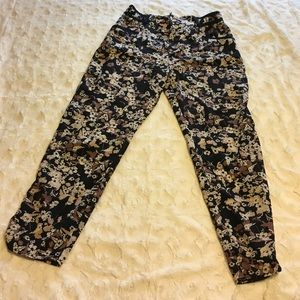 Anthropologie Cartonnier Floral Cropped Pants