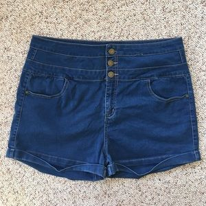 Tinseltown Pants - High waisted jean shorts