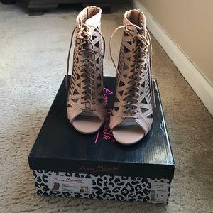 Anne Michelle Shoes - Anne Michelle peep toe cage heels.