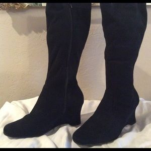 Black Suede-like Boots with Wedge Heel-size 6.5
