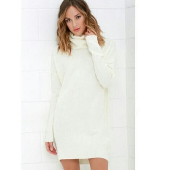 05fc90076b4 H M Sweaters - Beautiful Cream Cowl-Neck Sweater Dress