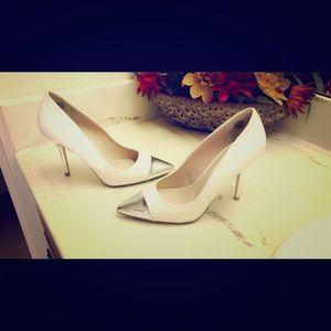 Worthington Shoes - 💕Super Cute White Heels!! 💕